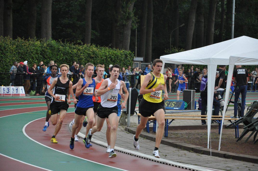 Robin Klamer op NK junioren 3000 meter 2016 (3)